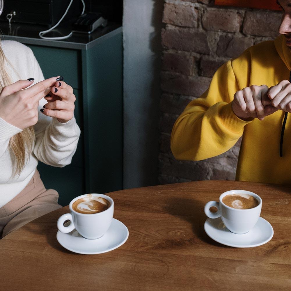 """Atelier """"Découverte de la communication non verbale pour un premier contact avec les personnes sourdes"""""""